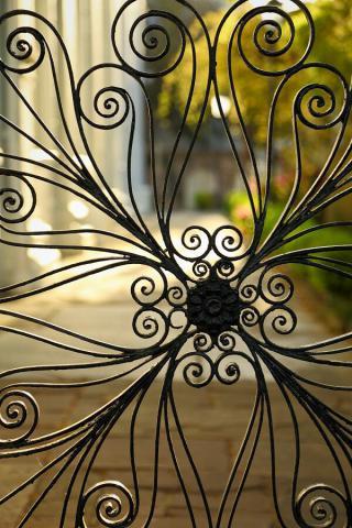 حفاظ پنجره از نمای نزدیک